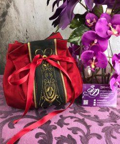 borsetta rossa ricamo oro